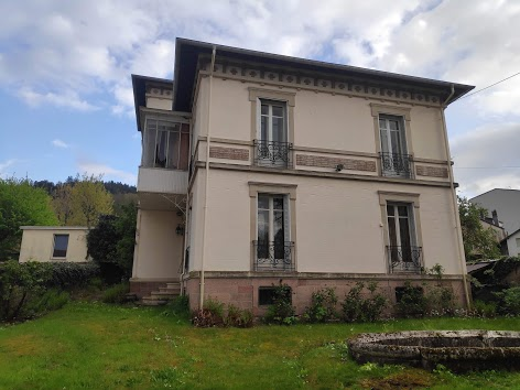 Ruime woning in centrum Remiremont